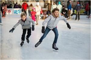 ice-skating-235547_1280